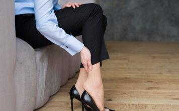 Ból nóg podczas siedzenia - jak odprężyć mięśnie